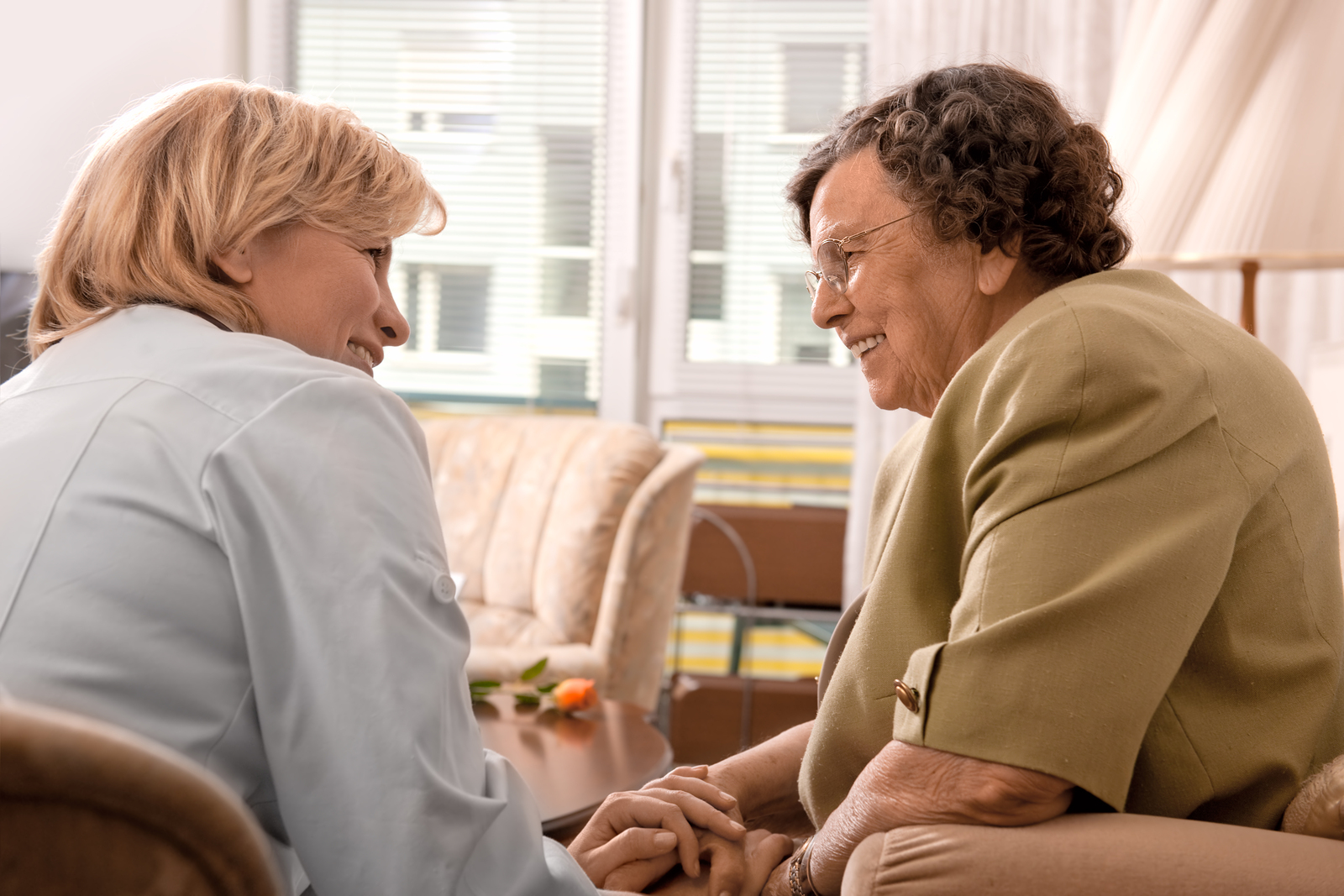 how to choose between nursing home and assisted living