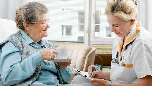 Senior Home Care - Registered Nurses vs. Home Caregivers