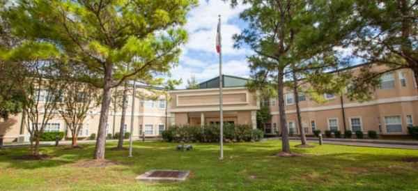 Brookdale Ellington Field in Houston, TX
