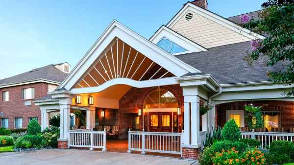 Adult assisted living communities in houston