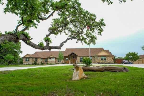 Tiffin House in Georgetown, TX