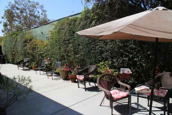 Better Living and Care Home in Los Angeles, CA