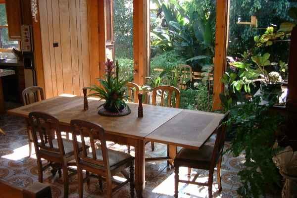 Josephine's Garden Villa - Manhattan Beach, CA