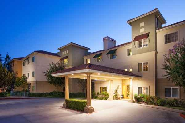Summerhill Villa - Newhall, CA