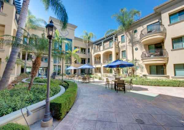 Pacifica Senior Living Hillsborough - Chino, CA