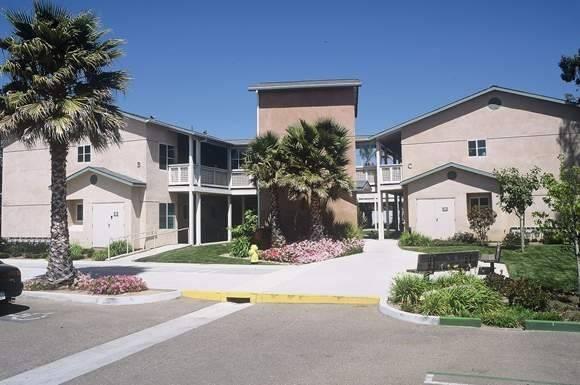 Valentine Courts II in Santa Maria, CA