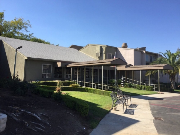 Vintage Gardens Assisted Living Community in Fresno, CA