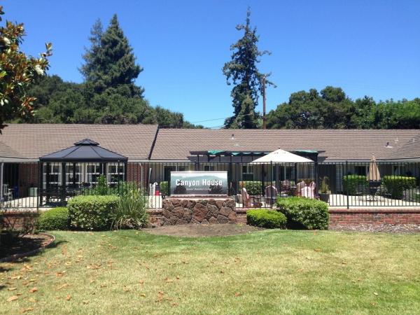 Silver Point Plaza in Menlo Park, CA