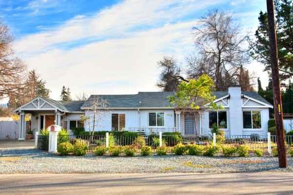Paradise Gardens Care Home I in Walnut Creek, CA