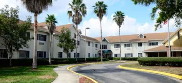 Brookdale Oakbridge in Lakeland, FL
