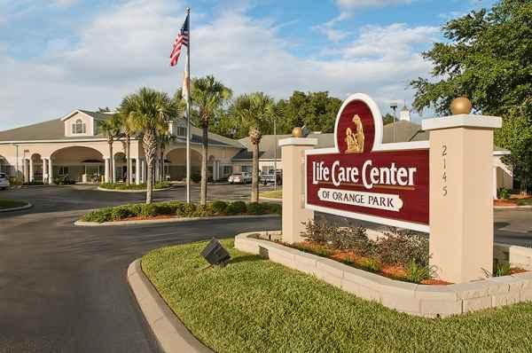 Life Care Center of Orange Park in Orange Park, FL
