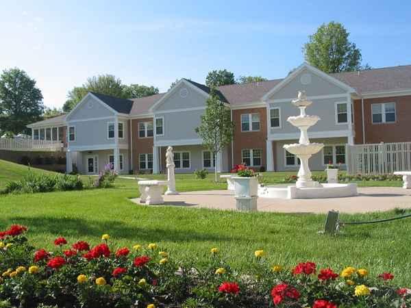 Cottage Grove Place in Cedar Rapids, IA