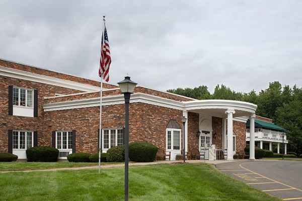 Heritage Hall West in Agawam, MA