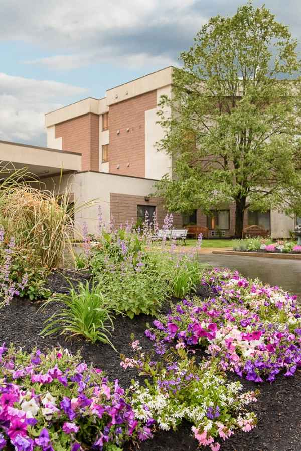 Life Care Nursing Home Lynn Ma