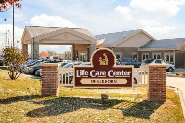 Life Care Center of Elkhorn - Elkhorn, NE