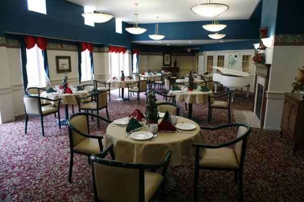 Mill Run Gardens And Care Center In Hilliard Oh Reviews Pricing