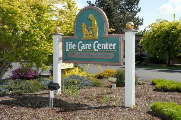 Life Care Center of Mcminnville - Mcminnville, OR