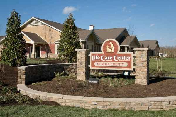 Life Care Center of Rhea County in Dayton, TN