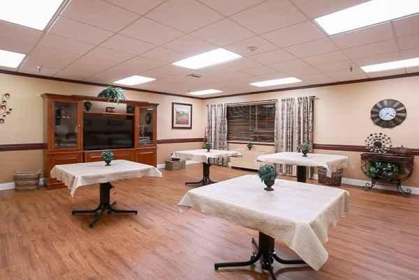 Life Care Center of Paradise Valley in Phoenix, AZ
