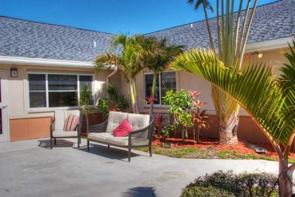 Boynton Health Care Center - Boynton Beach, FL
