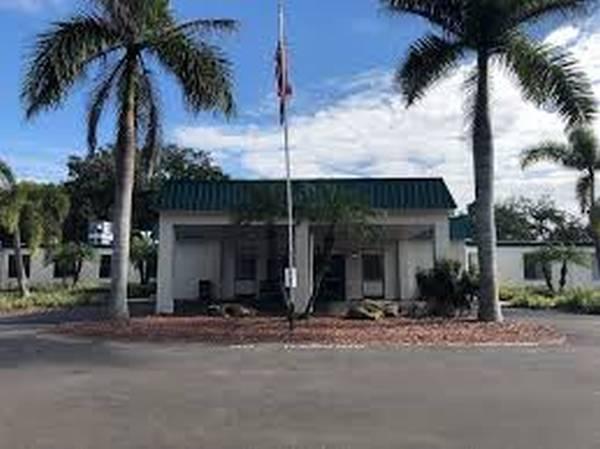 Woodbridge Care Center - Tampa, FL