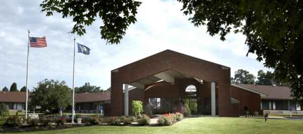 Signature HealthCARE at North Hardin Rehab & Wellness Center in Radcliff, KY