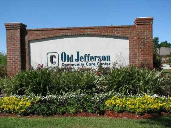 Old Jefferson Community Care Center in Baton Rouge, LA