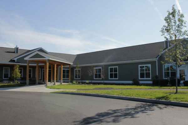 Horizons Living and Rehab Center in Brunswick, ME