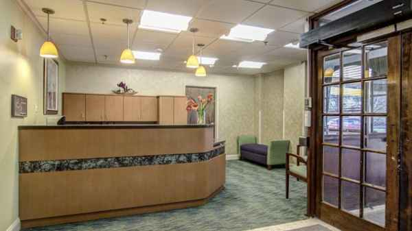 ManorCare Health Services - Largo in Glenarden, MD