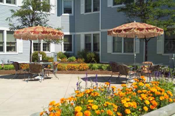 Harbor House Rehabilitation & Nursing Center in Hingham, MA