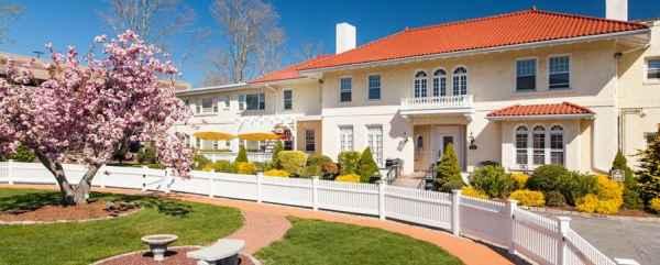 Royal Taber Street Nursing & Rehabilitation Center in New Bedford, MA