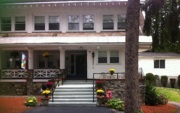greenwood nursing and rehabilitation center in wakefield