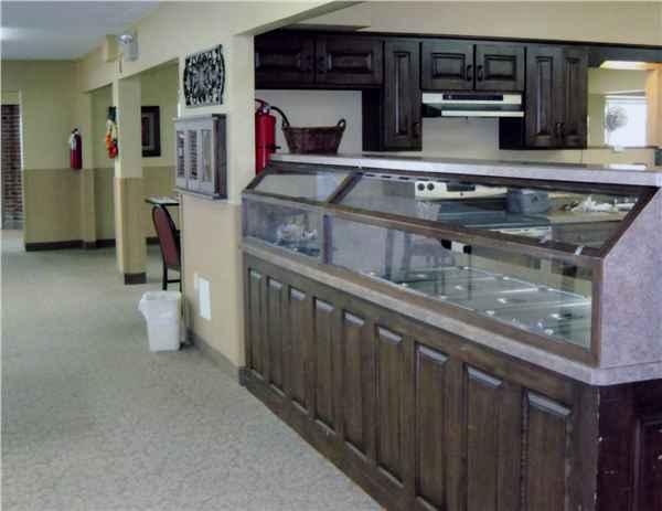 Cedar Crest Nursing Home >> Cedarcrest Manor In Washington Mo Reviews Complaints Pricing