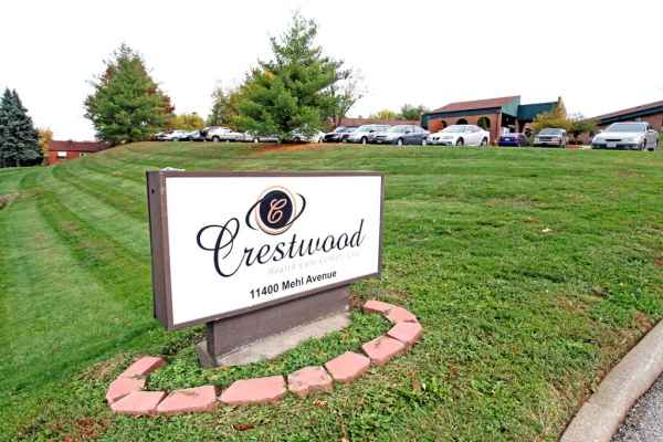 Crestwood Health Care Center in Florissant, MO