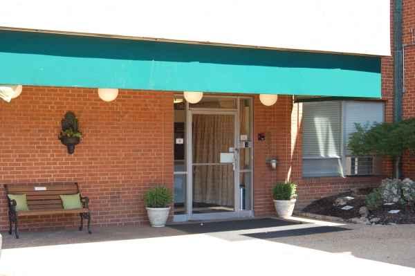 Ackert Park Skilled Care Community in University City, MO