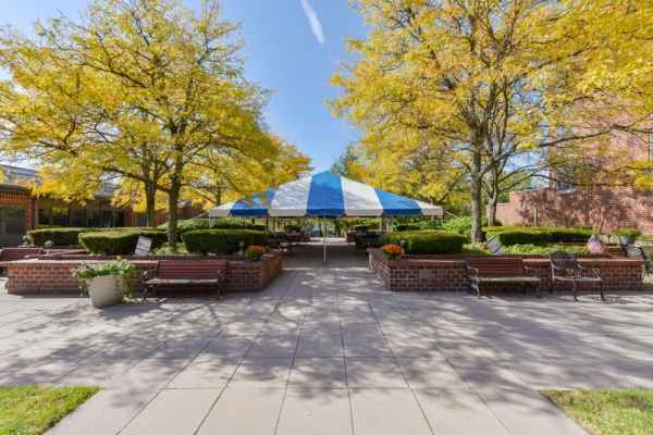 Runnells Center For Rehabilitation and Healthcare in Berkeley Heights, NJ