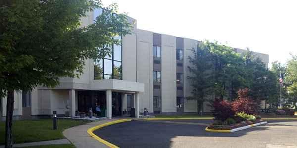Aristacare at Cedar Oaks in South Plainfield, NJ