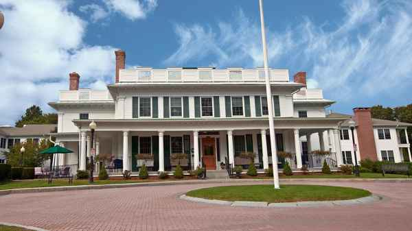Atria Harborhill in East Greenwich, RI