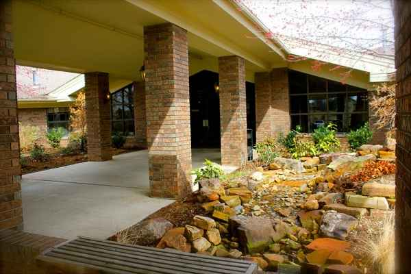 Adams Parc Post Acute Recovery Center in Bartlesville, OK