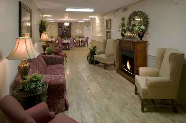 Dove Health and Rehab of Collierville in Collierville, TN