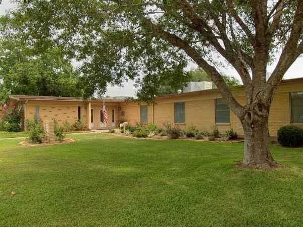 Stevens Health Care and Rehab Center in Yoakum, TX