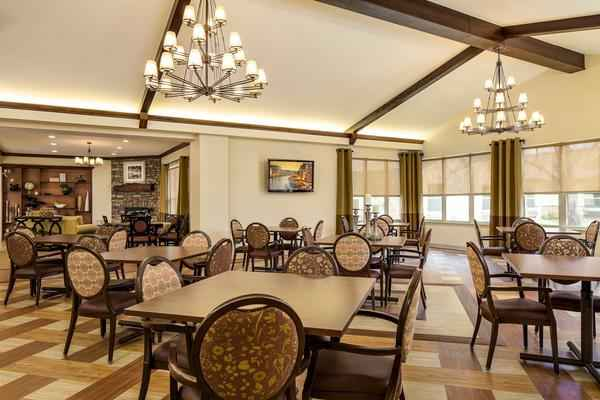 Wedgewood nursing home in fort worth texas reviews and for Nursing home dining room ideas