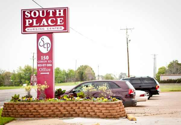 South Place Nursing Center in Athens, TX