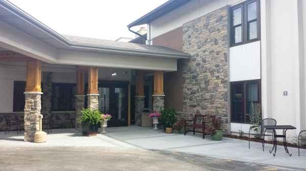 Waukesha Springs Health and Rehabilitaion Center in Waukesha, WI