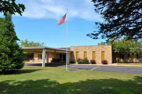 Greentree Health and Rehabilitation Center in Clintonville, WI