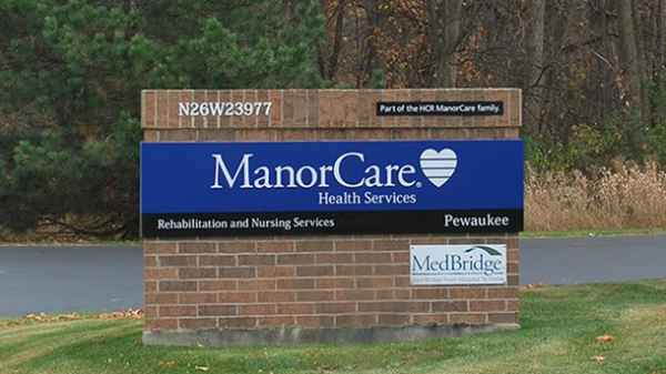 ManorCare Health Services-Pewaukee in Waukesha, WI