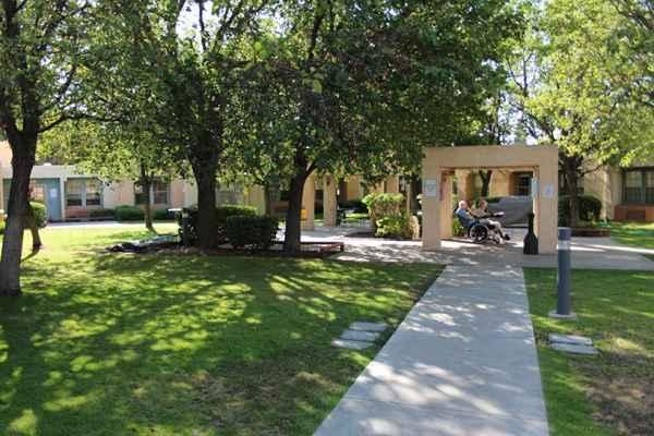Nursing homes in bakersfield california homemade ftempo for Custom home builders bakersfield ca