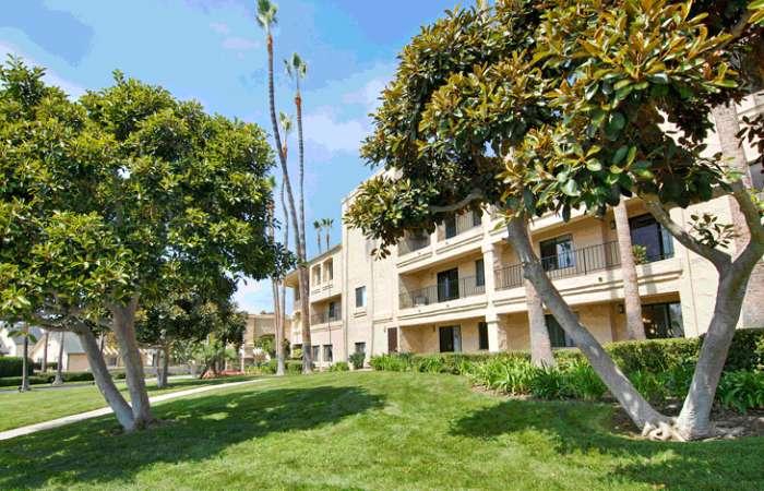Las Villas De Carlsbad - Carlsbad, CA