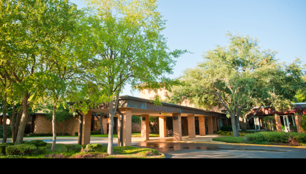Golden Acres Living and Rehabilitation in Dallas, TX