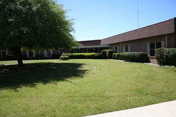 Theron Grainger Nursing & Rehabilitation in Hughes Springs, TX